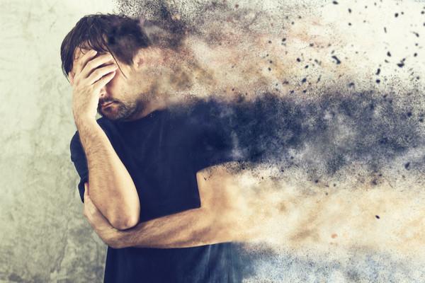أعراض الاكتئاب وطرق علاجهُ في المنزل