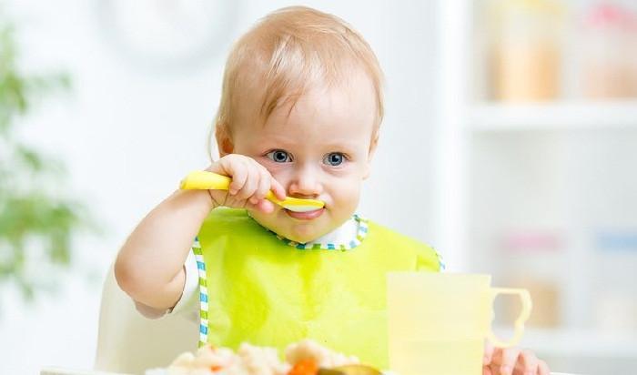 أفضل اطعمة للاطفال بعمر 9 شهور