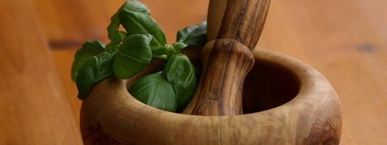 الأعشاب لتبيض البشرة أونيلا