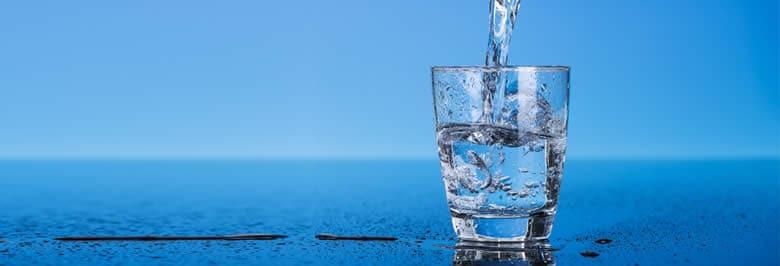 كيف تشرب المزيد من الماء؟
