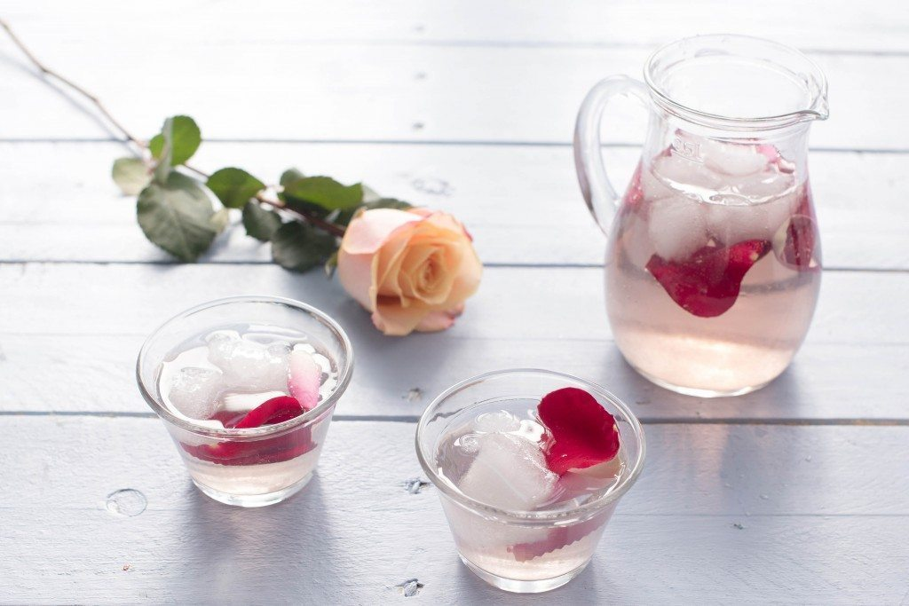 How To Make Rose Water - 21Ninety