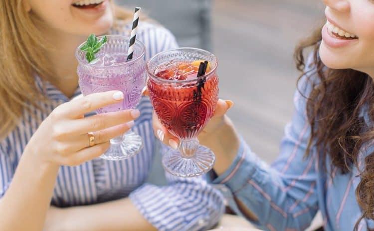 مشروبات لتنظيم الدورة الشهرية