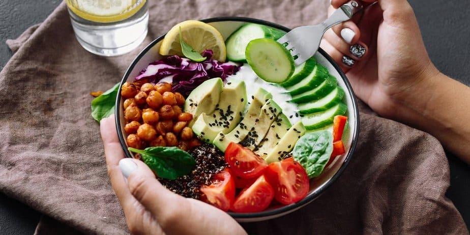 فوائد اكل الطعام الصحي - أونيلا