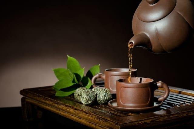 6 أنواع شاي لعلاج الإسهال