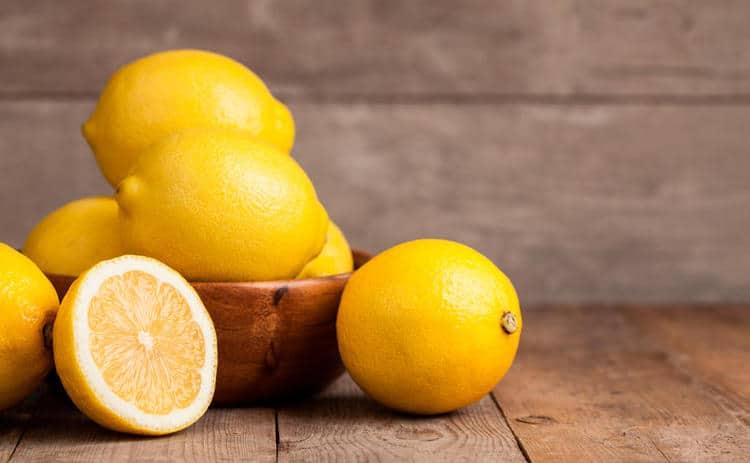 وصفة الليمون للبشرة الدهنية