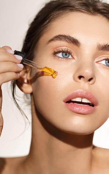 أفضل 10 زيوت أساسية لإزاله التجاعيد من الوجه - أونيلا