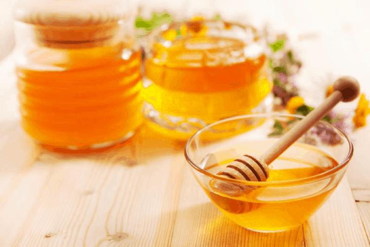 تبييض البشرة - العسل
