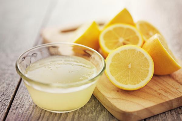 الليمون علاج فعال لإمساك الأطفال
