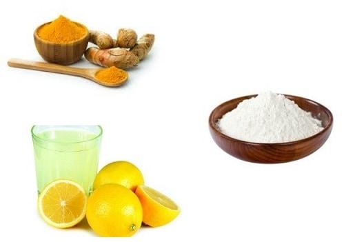 Rice flour with lemon juice and turmeric