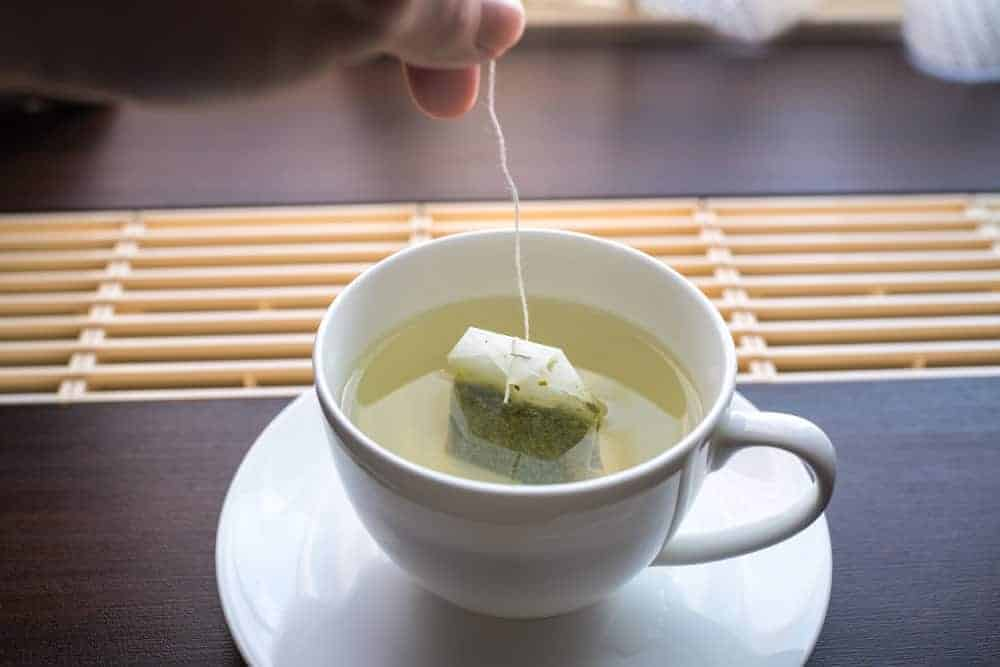 الشاي الأخضر لزيت الوجه