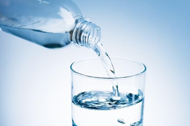 فوائد شرب الكثير من الماء بعد الولادة - أونيلا