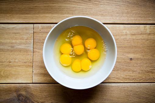 فيتامين E وصفار البيض للشعر المصبوغ