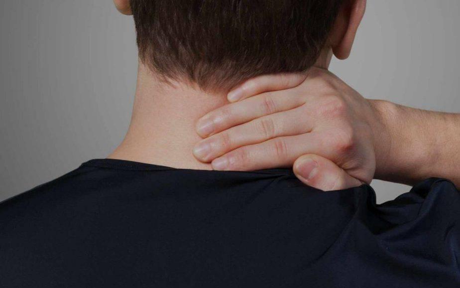 neck pain 1080x6751 1