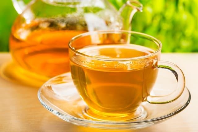 7 أنواع من الشاي تساعد على خفض الحمى بشكل طبيعي