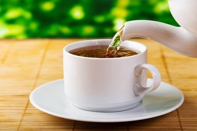 5 شاي لالتهاب الحلق