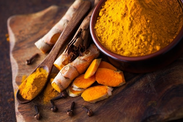 14 علاجات منزلية لتخفيف سوء الهضم