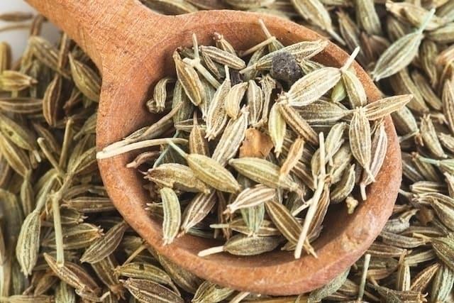 6 أنواع شاي طبيعي مدر للبول لاحتجاز السوائل