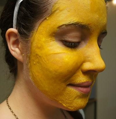 حزم الوجه محلية الصنع للبشرة الدهنية 3
